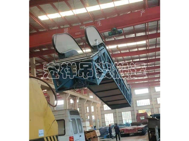 成品电梯吊装运输